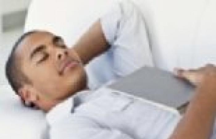 خبراء: 50% من المراهقين محرومون من النوم