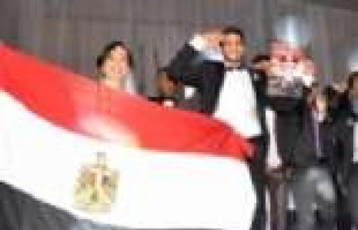 بالصور| حماقي وحكيم يشعلان حفل زفاف ابنة المنتج عمرو مكين