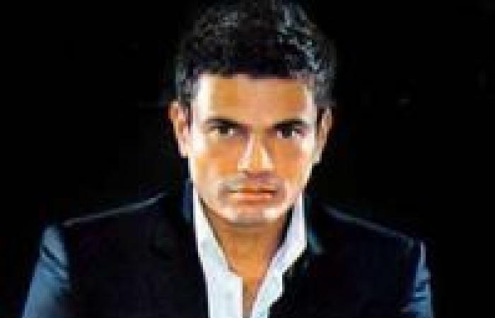 عمرو دياب غاضب من استغلال ابنتيه على الفيس بوك