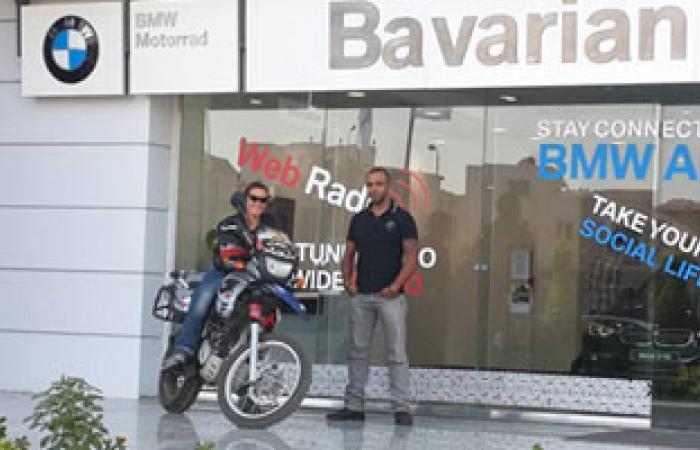 المجموعة البافارية تستقبل أول امرأة تجوب أفريقيا بموتوسيكل BMW