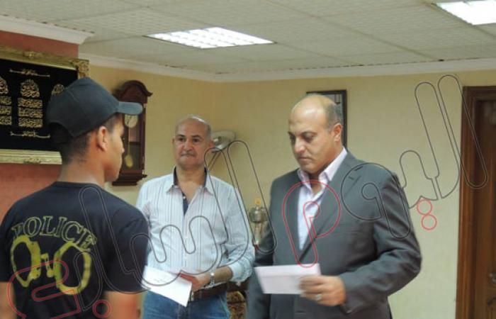 مدير أمن القليوبية يكرم الضباط والجنود المصابين فى مواجهة المجرمين