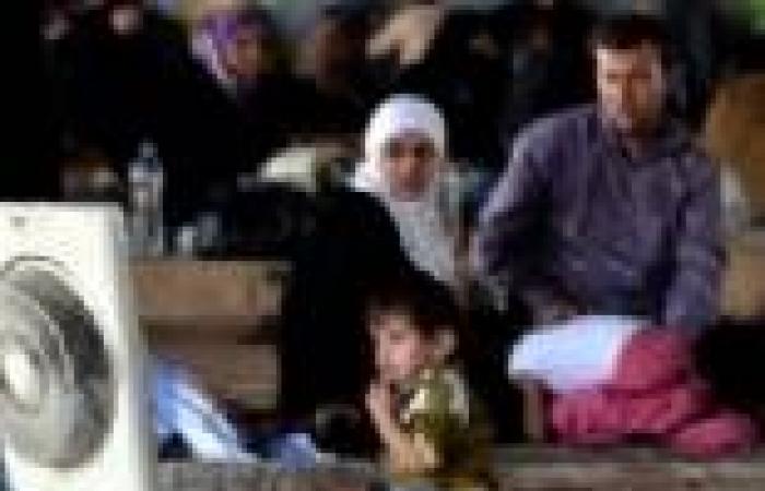 ألمانيا تستقبل لاجئين سوريين.. وتدعو أوروبا إلى القيام بالمثل