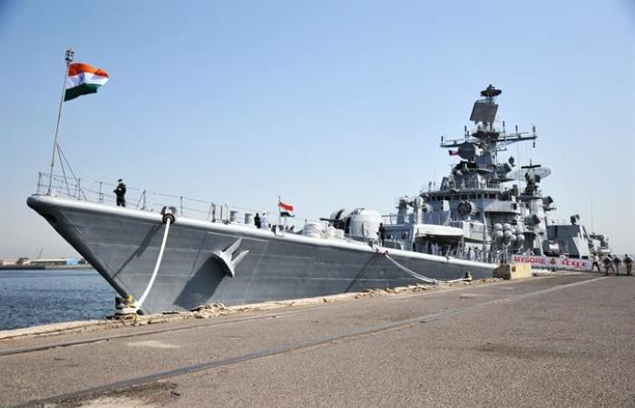 ميهتا: زيارة السفن البحرية الهندية إلى الكويت تعزز التعاون بين البلدين