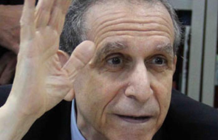 """حسام عيسى يرأس مؤتمرًا بـ""""القاهرة"""" الثلاثاء لطرح رؤية الطلاب فى الدستور"""
