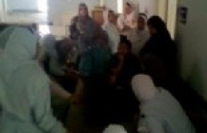 """""""تواصل للتنمية"""" تنجح في فض اعتصام ممرضات بني سويف"""