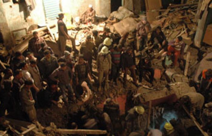 الحماية المدنية تخلى عقارين من السكان بجوار المبنى المنهار بالحدائق