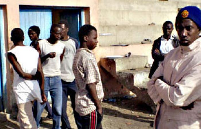 الإدارة العامة الليبية: ترحيل 250 أفريقيا بمخيم المدينة الرياضية إلى سبها
