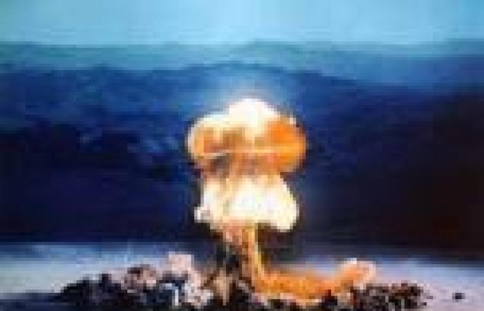 «جارديان»: الولايات المتحدة كانت على وشك تفجير قنبلة ذرية في إحدى ولاياتها