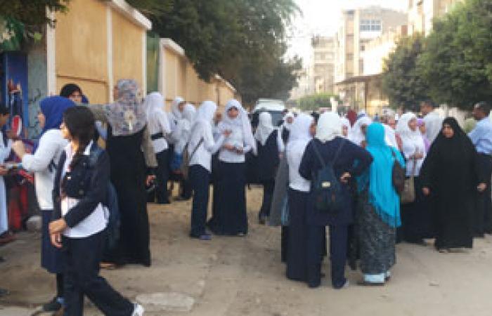 مديرة مدرسة بشبرا الخيمة تمنع الغرباء من دخول الفصول المدرسية
