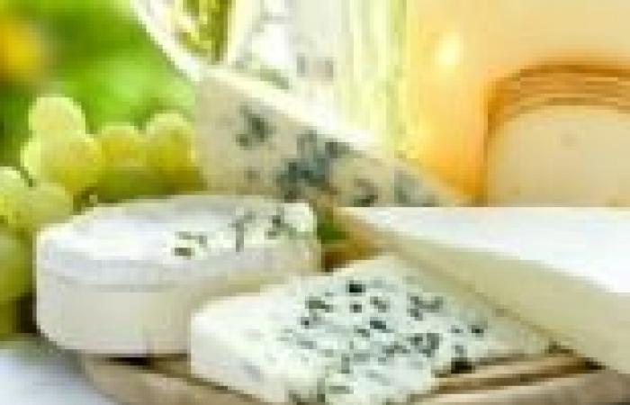 دراسة: الجبن يقي الأسنان من التسوس