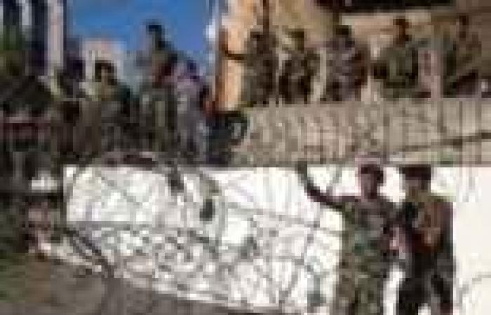 """الجيش اللبناني ينتشر في معقل ثان لـ""""حزب الله"""" بشرق البلاد"""