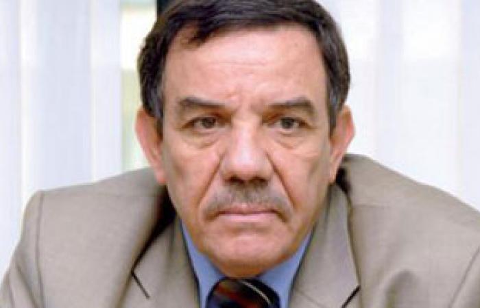 تواتى: يجب استفتاء الشعب على تعديل الدستور
