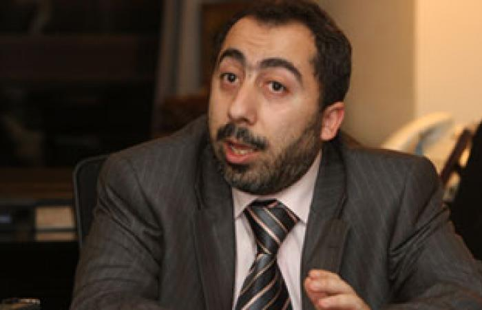 """""""حكومة غزة"""" تدعو السلطة الفلسطينية لوقف ملاحقة مقاومى الضفة"""