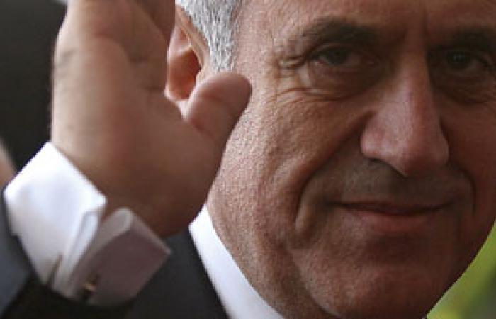 """تيار المستقبل اللبنانى يدعو لتشكيل حكومة """"تكنوقراط"""""""