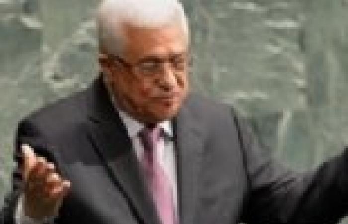 الرئيس الفلسطيني يهنىء عدلي منصور باحتفالات أكتوبر المجيدة