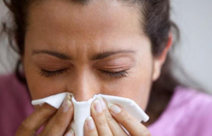 خطوات وقائية بسيطة تحمى من الإصابة بنزلات البرد