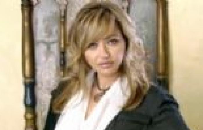 """اليوم.. ليلى علوي ضيفة يوسف الحسيني في """"السادة المحترمون"""""""