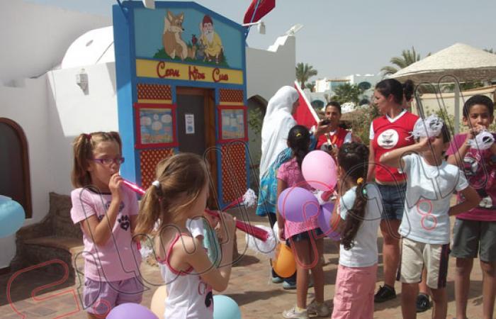 بالصور.. زحام على شواطئ جنوب سيناء فى عيد الأضحى المبارك