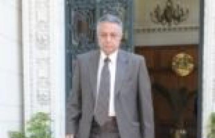 """""""تمرد معلمي القاهرة"""" تطالب وزير التعليم بتعيين مدرّسي الحصة"""