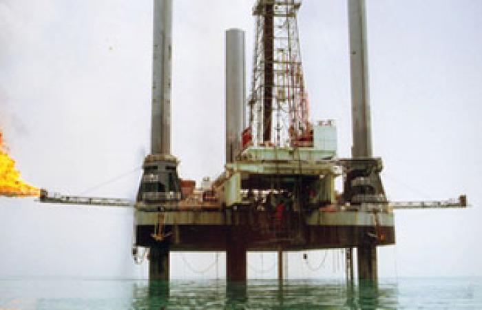 العالم سينفق 750 مليار دولار للتزود بالنفط والغاز فى 2014