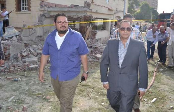 بالصور| محافظ الإسماعيلية يتفقد موقع الانفجار بمحيط مبنى المخابرات.. ويطمئن على المصابين بالمستشفى