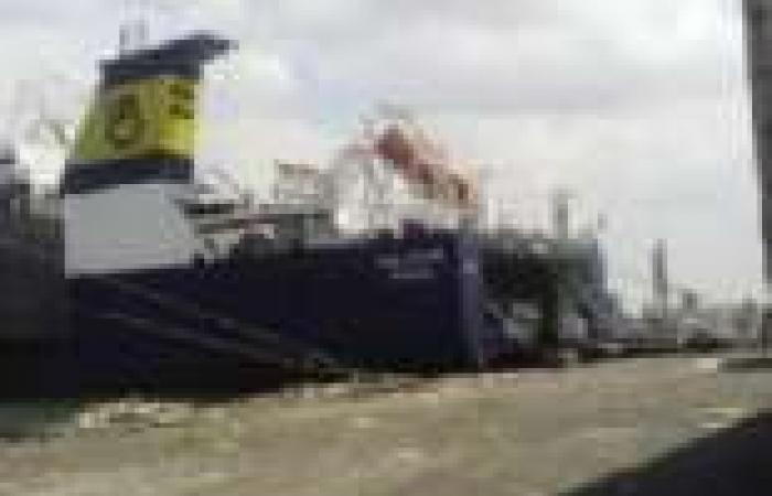 الأسطول التركى يجوب شوارع المحافظات هرباً من رسوم «القنال»