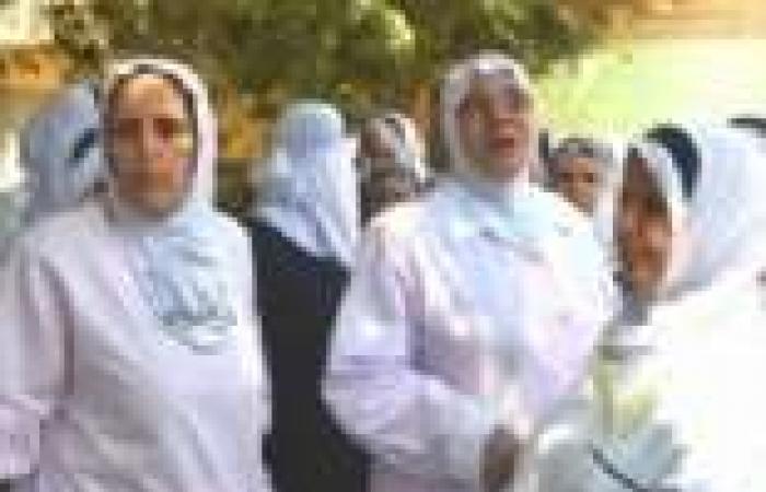 العاملون بمستشفى صدر المحلة يهددون بالإضراب لعدم صرف رواتبهم