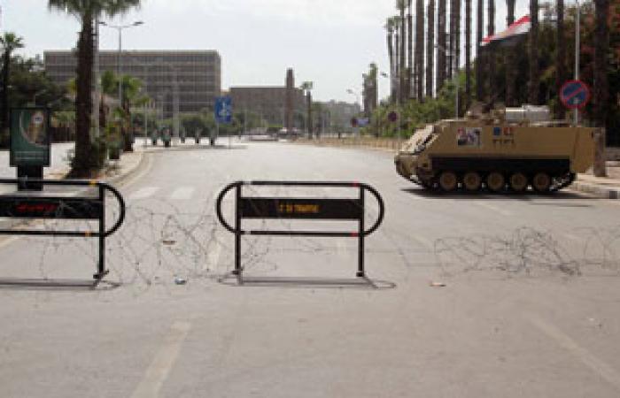 قوات الأمن تواصل إغلاق ميدان النهضة وزحام بالشوارع الجانبية