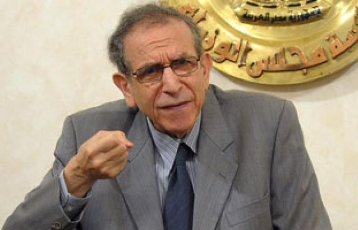 حسام عيسى: الحضارة الفرعونية دليل قدرة المصريين على تخطى الصعاب