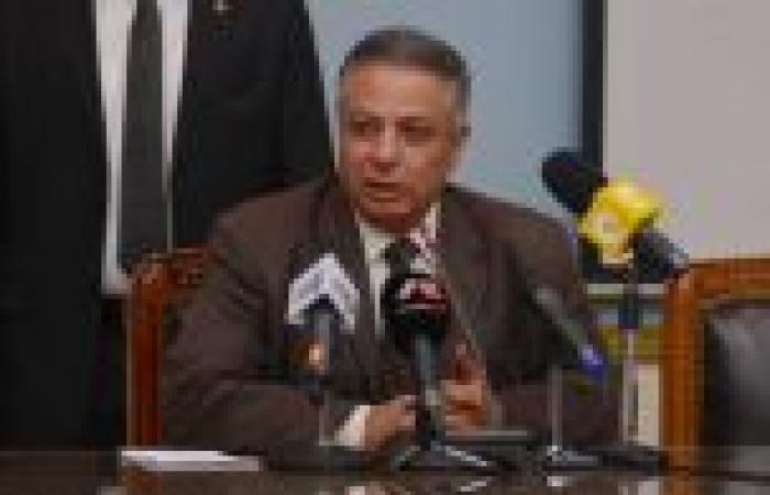 وزير التربية والتعليم يكرّم إدارة الجودة بشمال سيناء