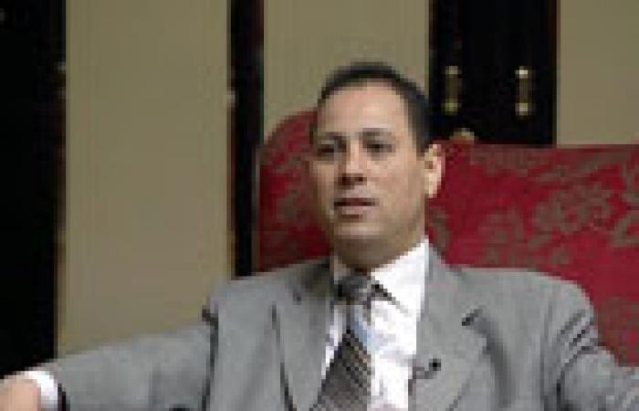 رئيس بورصة مصر: لن نفتح الباب على مصراعيه لقيد الشركات الخاسرة