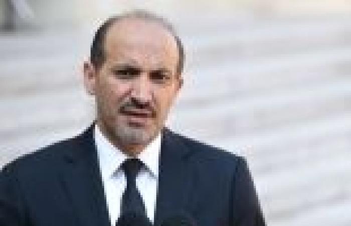 رئيس الائتلاف الوطني السوري المعارض يؤكد عزمه زيارة موسكو