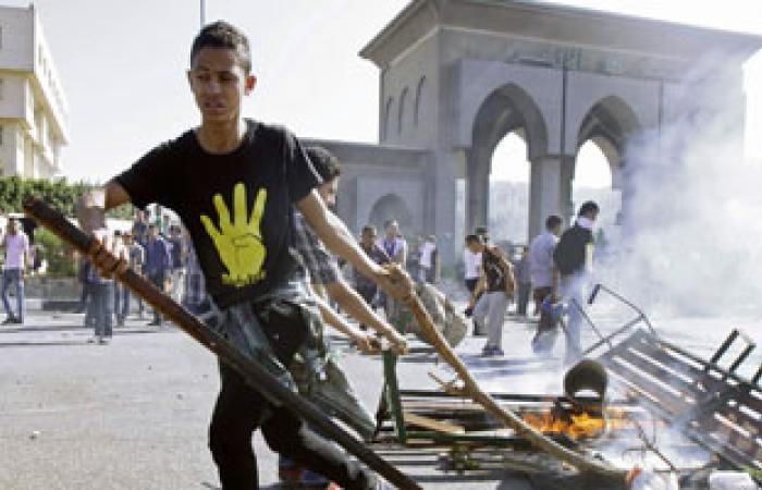 """""""أمن الأزهر"""": طلاب الإخوان أشعلوا النيران لتشتيت قوات الشرطة"""