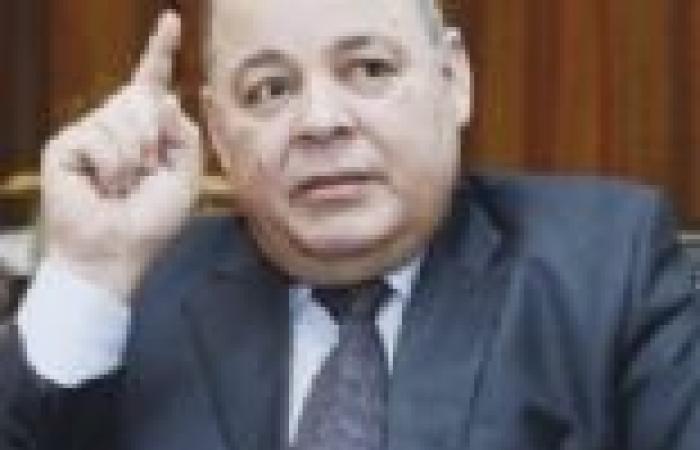 """وزير الثقافة: أشعر بالألم لعدم تكريم """"نجم"""" قبل مماته"""