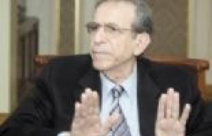 """قيادي بـ""""الحركة الوطنية"""" يطالب بإقالة عيسى.. ويحمّله مسؤولية عنف الجامعات"""