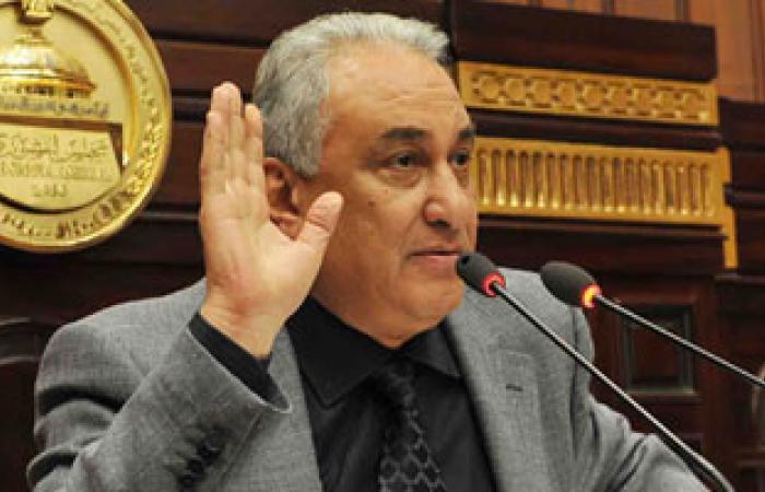 """""""محامون من أجل العدالة"""" تطالب بسحب الثقة من مجلس النقابة"""