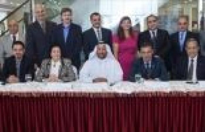 السفارة المصرية بالإمارات تشارك في افتتاح معرض للترويج لصناعة الأثاث