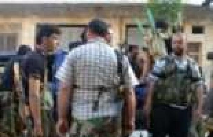 """قيادة أركان الجيش السوري الحر تنفي فرار رئيسها من """"باب الهوى"""""""