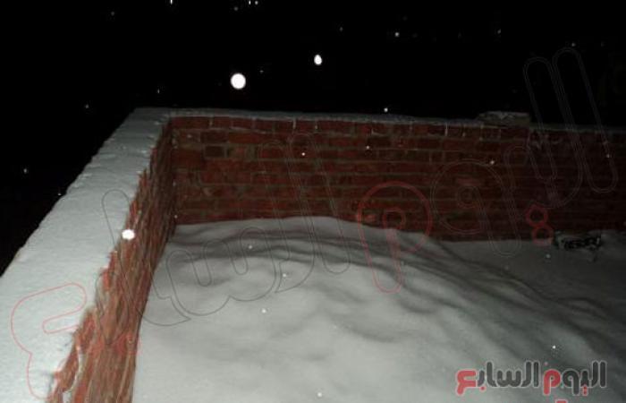 """بالصور.. الثلج يغطى """"سانت كاترين"""" ويمنع خروج المواطنين إلى الشوارع"""