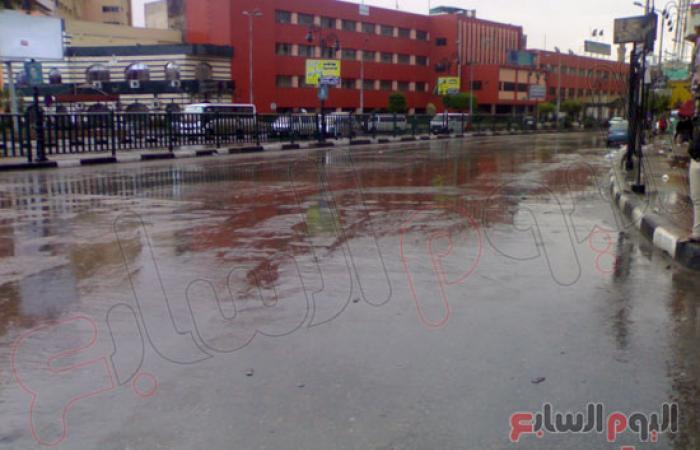 بالصور.. القليوبية تغرق فى الأمطار والمحليات ترفع حالة الطوارئ