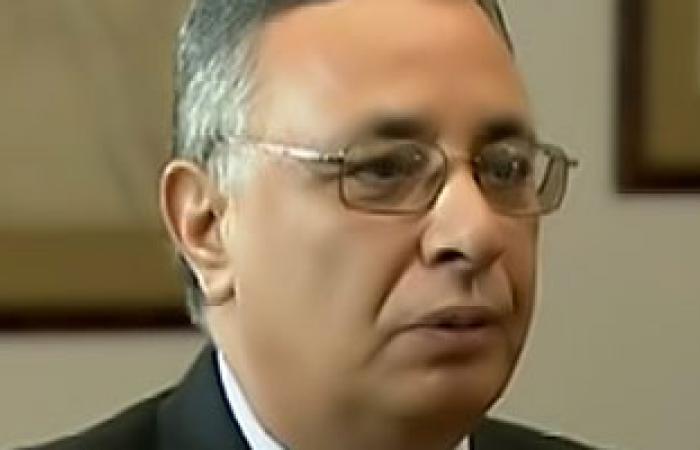 """""""مصر الحديثة"""" يعلق وقفة لإقالة محافظ سوهاج لحين الانتهاء من الاستفتاء"""