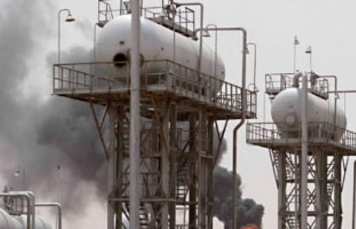 """""""البيئة العراقية"""" تطالب شركات النفط بإيجاد حلول لعمليات حرق الغازات"""
