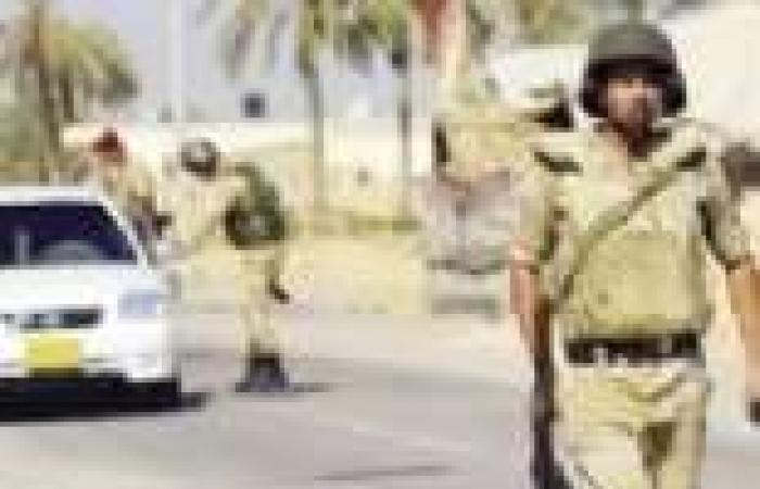 شهود عيان: الجيش يضبط سيارة بها مسلحون بالشيخ زويد