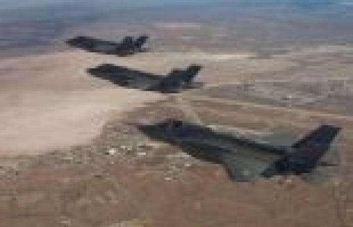 عاجل| انتهاكات مكثفة للطيران الحربي الإسرائيلي فوق جنوب لبنان