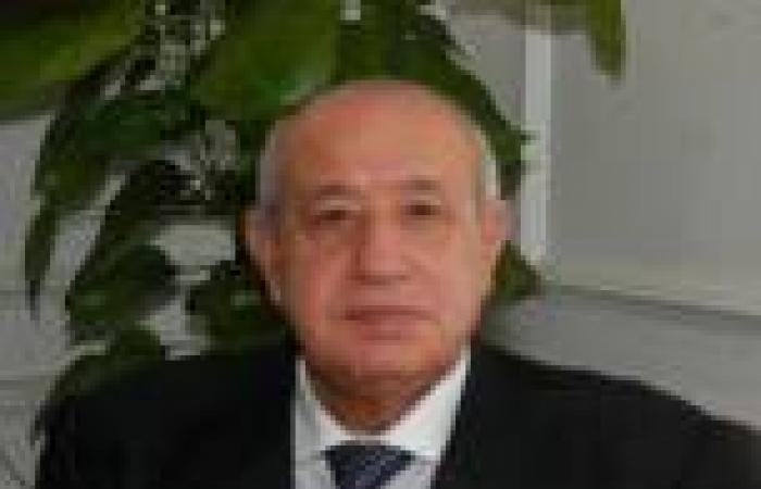 «أبو شادي»: لن يتم حذف أي مواطن من البطاقات التموينية
