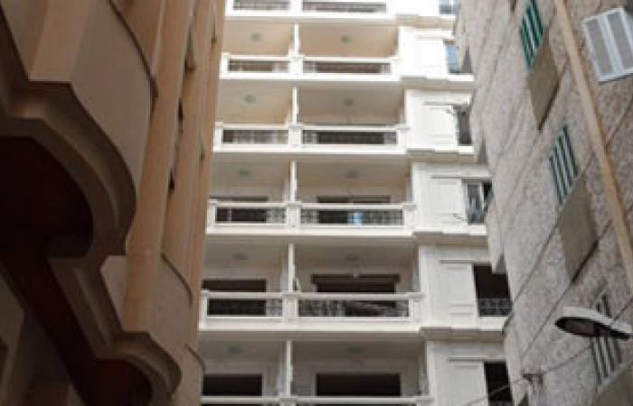 إزالة 10 طوابق من عقار مخالف بالإسكندرية