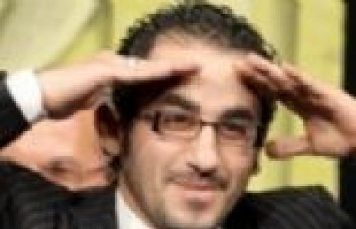 """أحمد حلمي: اعتدنا الاحتفال برأس السنة في بيت """"السقا"""".. وتغيير """"النظارات"""" هواية قديمة"""