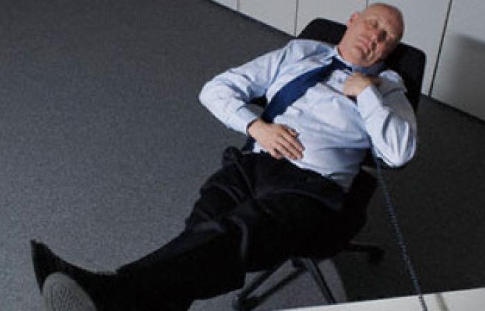 قلة النوم تدمر خلايا المخ بصورة مشابهة لما يحدث عند الضرب على الرأس