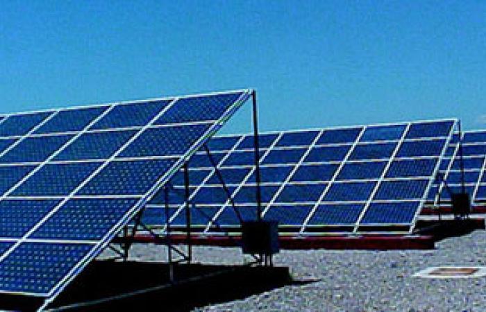 بدء فعاليات افتتاح المحطة التجريبية للطاقة الشمسية بهندسة القاهرة فرع الشيخ زايد