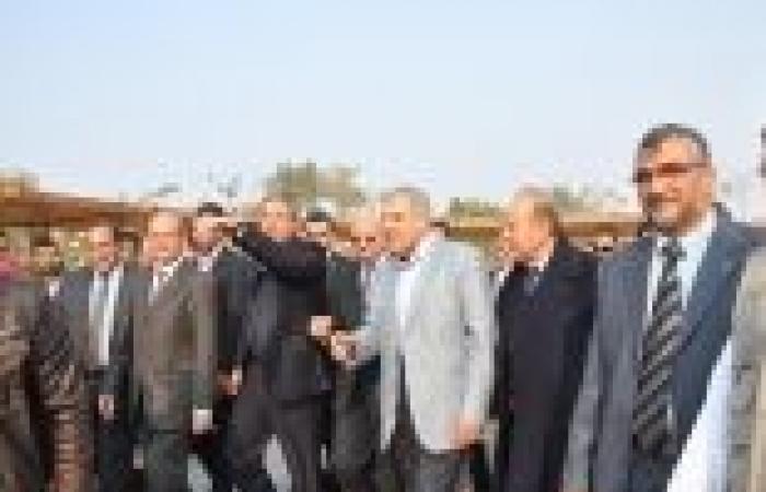 بالصور| 6 وزراء ومحافظ الجيزة يفتتحون حديقة أرض مطار إمبابة